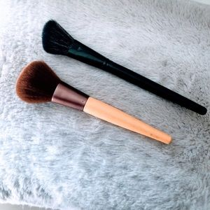 new // Makeup Brushes